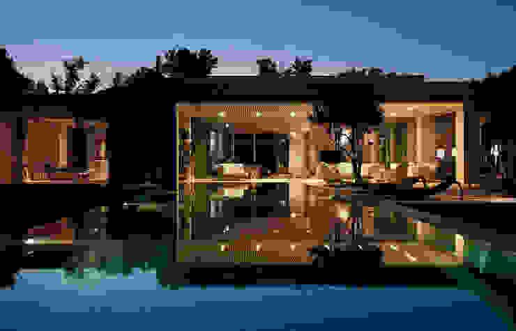 Mit der Natur verbunden..... Moderne Häuser von Ecologic City Garden - Paul Marie Creation Modern