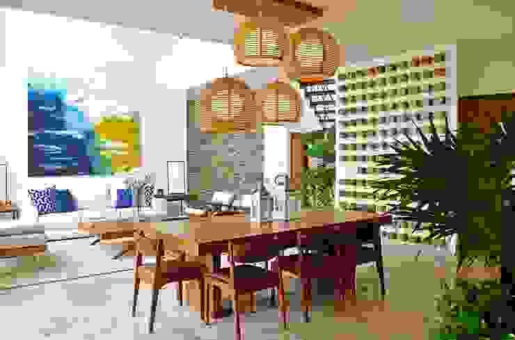 Casa Vista Lagos Comedores modernos de Excelencia en Diseño Moderno