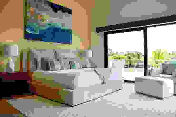 Casa Vista Lagos Dormitorios modernos de Excelencia en Diseño Moderno