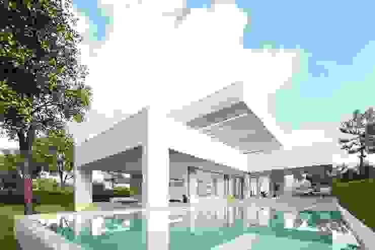 Casas unifamiliares de estilo  por Otto Medem Arquitecto vanguardista en Madrid , Moderno