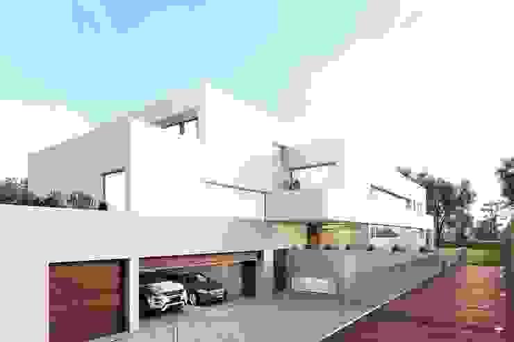 Casas familiares  por Otto Medem Arquitecto vanguardista en Madrid , Moderno
