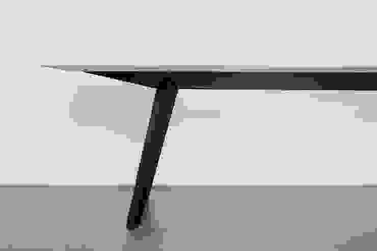 Bank und Tisch klappbar, für innen und außen aus Massivholz und Metall Neuvonfrisch - Möbel und Accessoires Geschäftsräume & Stores Holz
