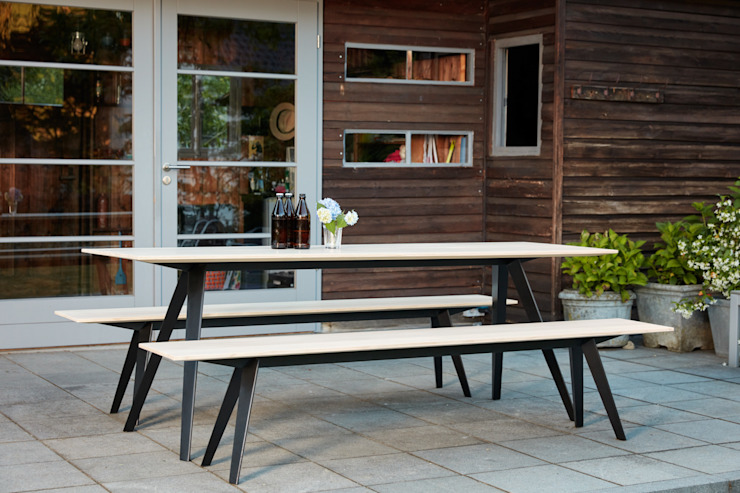 de estilo  por Neuvonfrisch - Möbel und Accessoires, Moderno Madera Acabado en madera