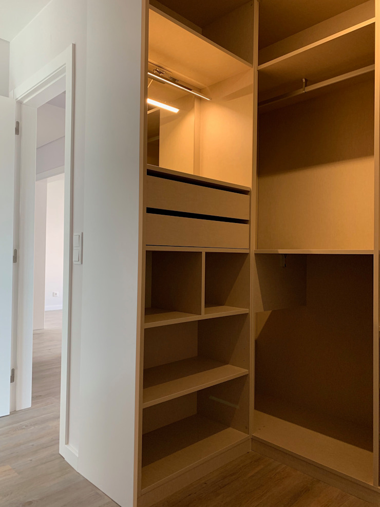CSR Modern dressing room