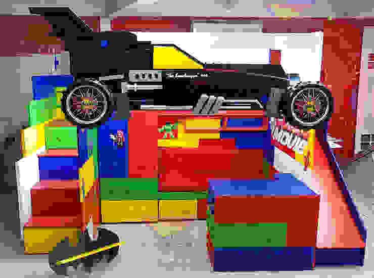 Fantástica cama alta de batman de Kids Wolrd- Recamaras Literas y Muebles para niños Moderno Derivados de madera Transparente