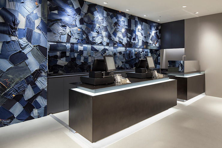 KITZ.CO.LTD Spazi commerciali in stile eclettico Blu