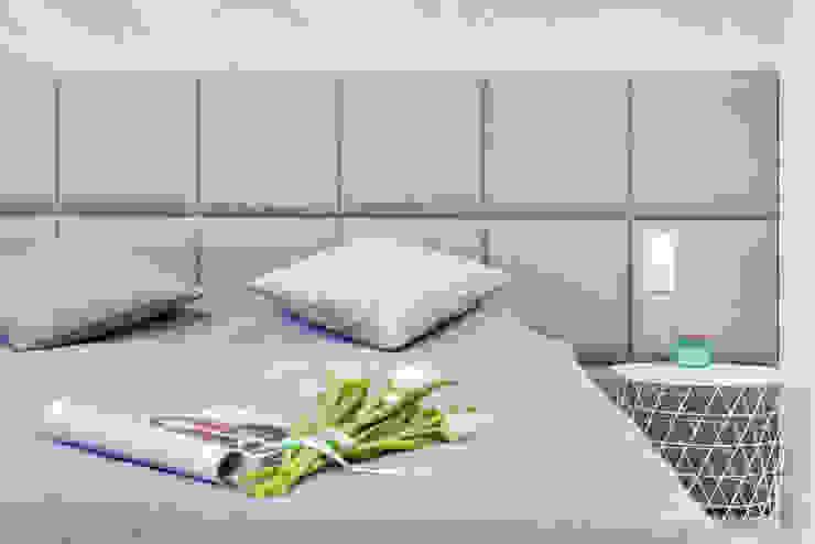 Sypialnia Nowoczesna sypialnia od Lux Interiors - projektowanie i aranżacja wnętrz Gdańsk, Gdynia, Sopot Nowoczesny