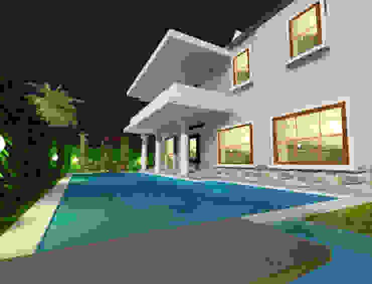 تصميم المسبح الخارججى:  مسبح حديقة تنفيذ smarthome, حداثي حجر