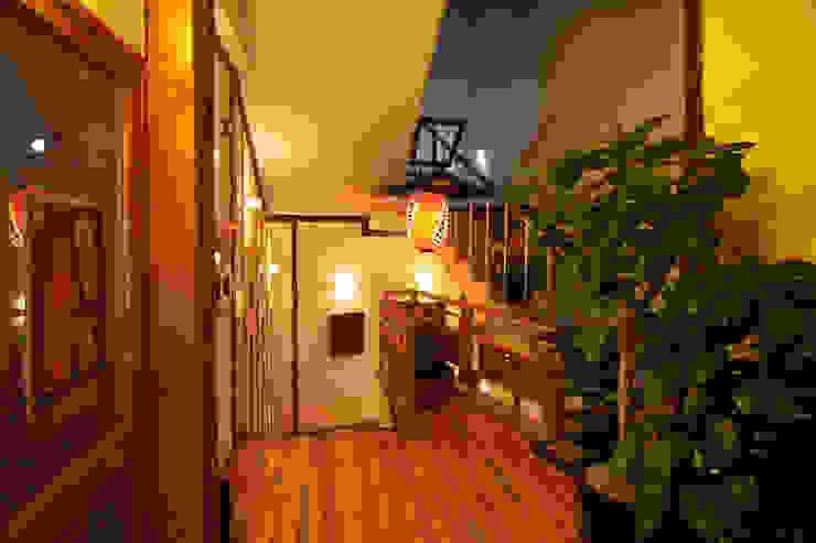 일식집 이자카야 계단디자인 - 방배동 토모야 by IDA - 아이엘아이 디자인 아틀리에 에클레틱 (Eclectic) 솔리드 우드 멀티 컬러