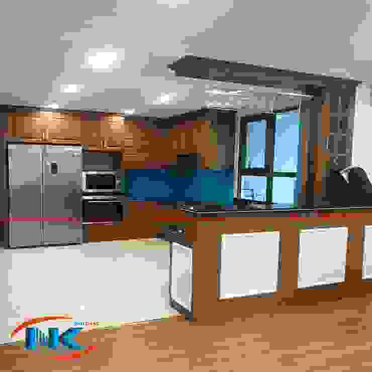 Hình ảnh thi công tủ bếp sồi mỹ và tủ bếp laminate của Nguyễn Kim bởi Nội thất Nguyễn Kim