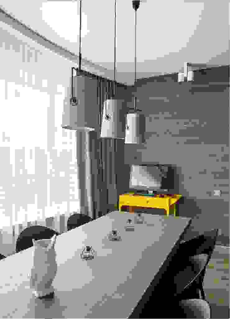 Просто лофт, Москва (реализация проекта) Столовая комната в стиле лофт от Interior designers Pavel and Svetlana Alekseeva Лофт