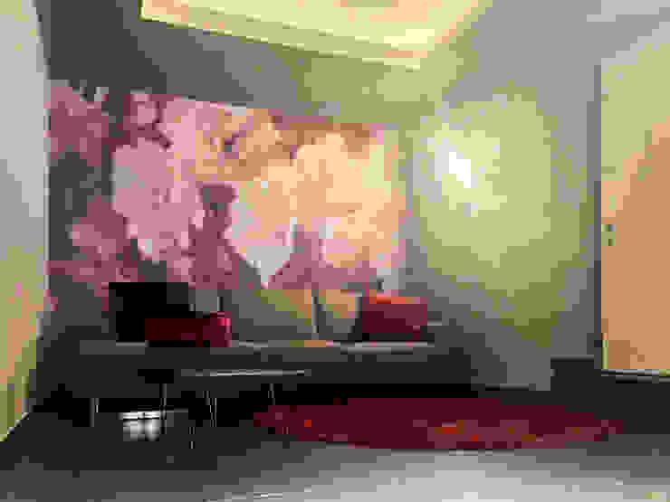 """""""Opus"""" per Sarreda Tecnografica Pareti & Pavimenti in stile moderno Rosso"""