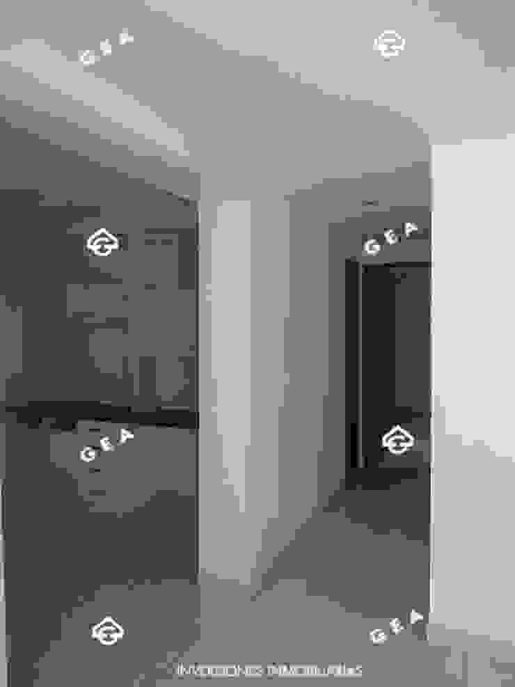 ALQUILER HERMOSO APARTAMENTO CON ACABADOS DE LUJO POR CAMPANARIO Pasillos, vestíbulos y escaleras de estilo moderno de Gea Inversiones Inmobiliarias Moderno