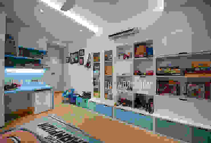 Apartment in Ridgewood Estate, Gurugram by The Workroom Modern