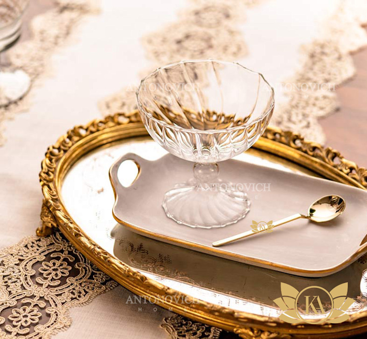 Extra Classic Luxury Dining Decor by Luxury Antonovich Design
