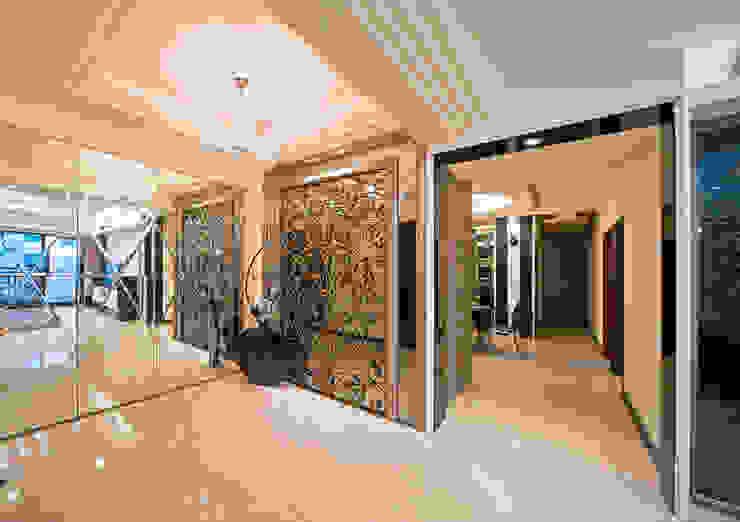 台北碧連天林公館 現代風玄關、走廊與階梯 根據 立騰空間設計 現代風