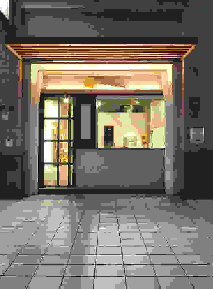 木耳生活藝術-商業空間/新竹・窯烤披薩店 現代房屋設計點子、靈感 & 圖片 根據 木耳生活藝術 現代風