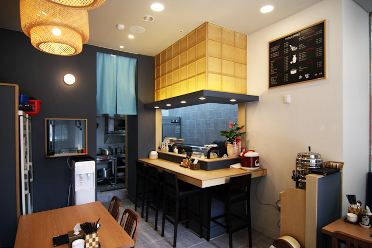 초밥 일식집 - 소담 오픈주방 by IDA - 아이엘아이 디자인 아틀리에 러스틱 (Rustic) 솔리드 우드 멀티 컬러