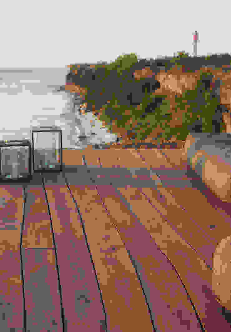 Bolefloor Balcones y terrazas de estilo moderno Madera
