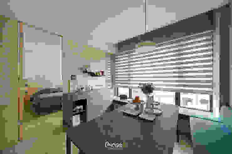 Apartment P:  餐廳 by 六相設計 Phase6, 隨意取材風