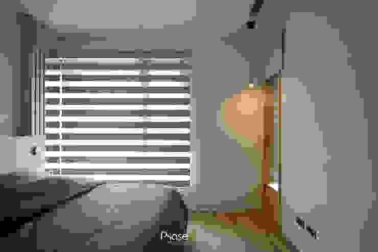 Apartment P:  嬰兒房/兒童房 by 六相設計 Phase6, 隨意取材風