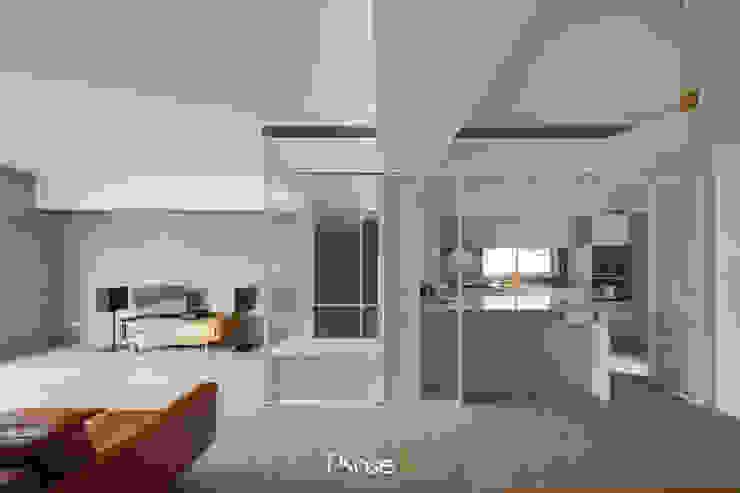 Apartment W 根據 六相設計 Phase6 隨意取材風