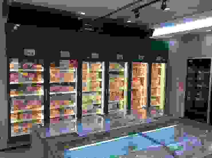 法蘭克肉舖子板橋店 根據 捷士空間設計(省錢裝潢) 簡約風
