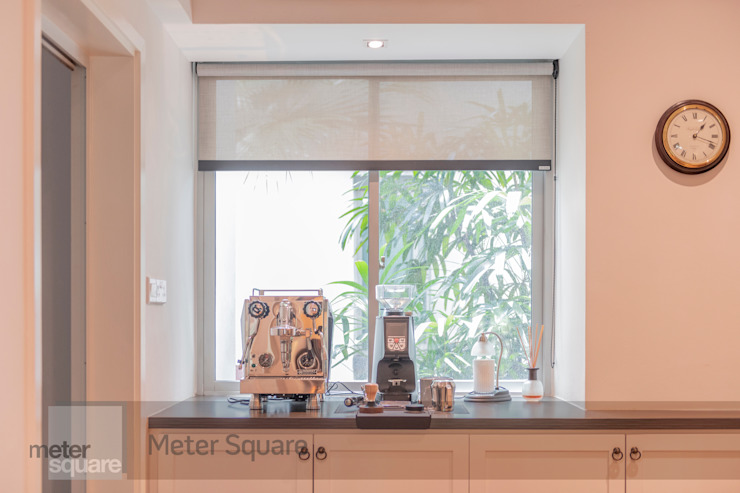 White Classic Classic style dining room by Meter Square Pte Ltd Classic