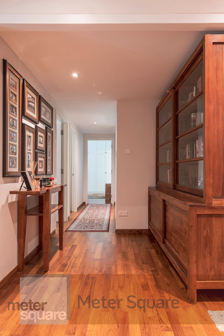 White Classic Classic style corridor, hallway and stairs by Meter Square Pte Ltd Classic