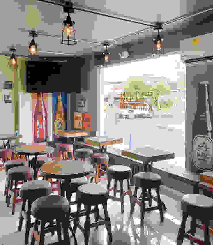 Bar & Club in stile rustico di Gamma Rustico