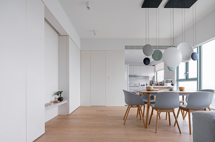 Minimalist dining room by arctitudesign Minimalist