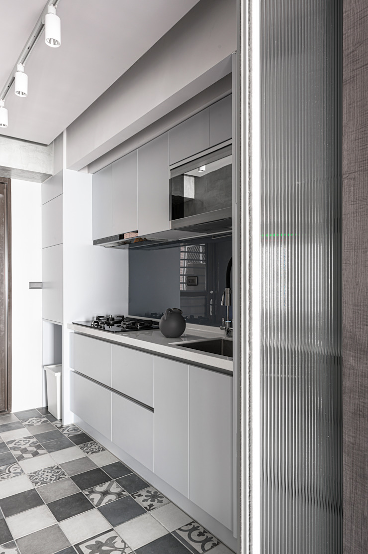 Cocinas de estilo moderno de 湜湜空間設計 Moderno