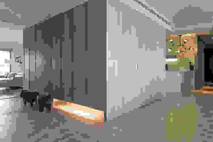de 詩賦室內設計 Moderno