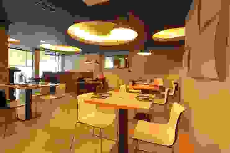 Espaços gastronômicos modernos por Novodeco Moderno