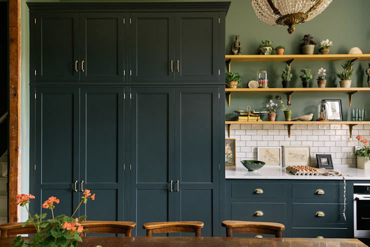 The Victorian Rectory by deVOL deVOL Kitchens Classic style kitchen Solid Wood Blue