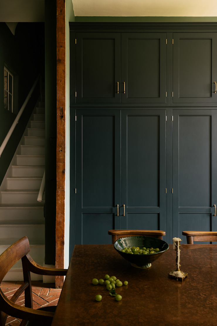 The Victorian Rectory by deVOLThe Victorian Rectory by deVOL deVOL Kitchens Classic style kitchen Solid Wood Blue