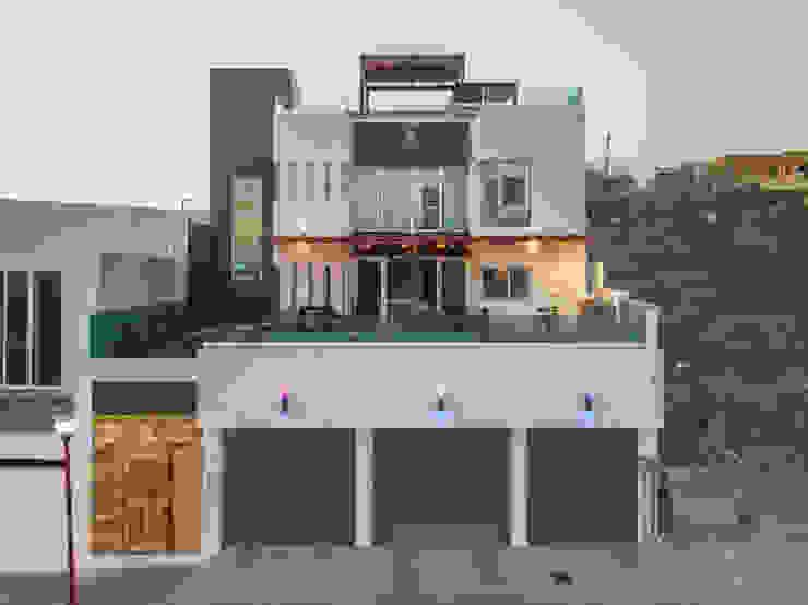 Casa Bellaterra de Delta Studio Arquitectura Moderno