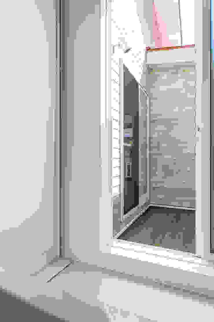 60ハウス madom (ロクマルハウス) カントリースタイルの お風呂・バスルーム の atelier shige architects /アトリエシゲ一級建築士事務所 カントリー プラスティック