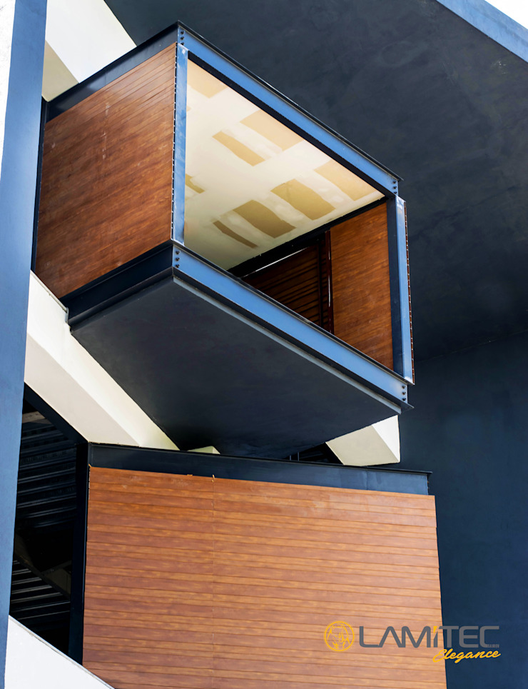 Lamitec SA de CV Wooden houses Iron/Steel Wood effect
