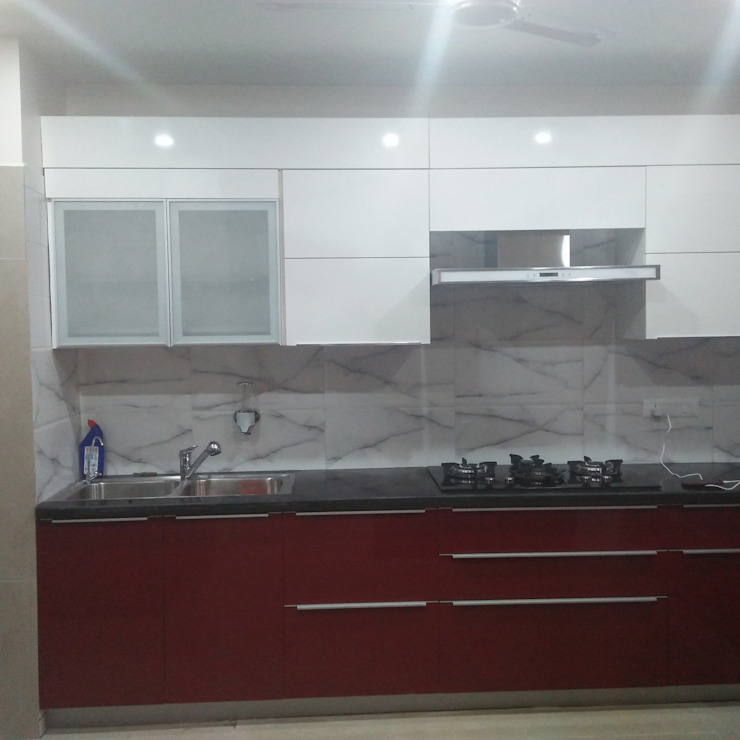 Kitchen at Faridabad: modern  by Grey-Woods,Modern Engineered Wood Transparent
