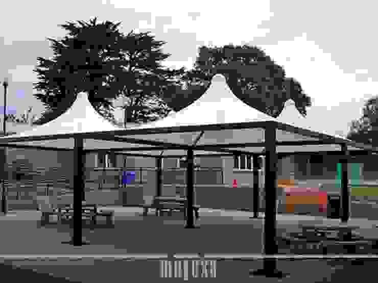 METEXA SAS JardinesMarquesinas, toldos e invernaderos Compuestos de madera y plástico