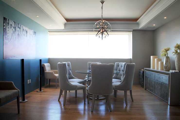 Indigo Creative Studio Classic style dining room Glass Blue