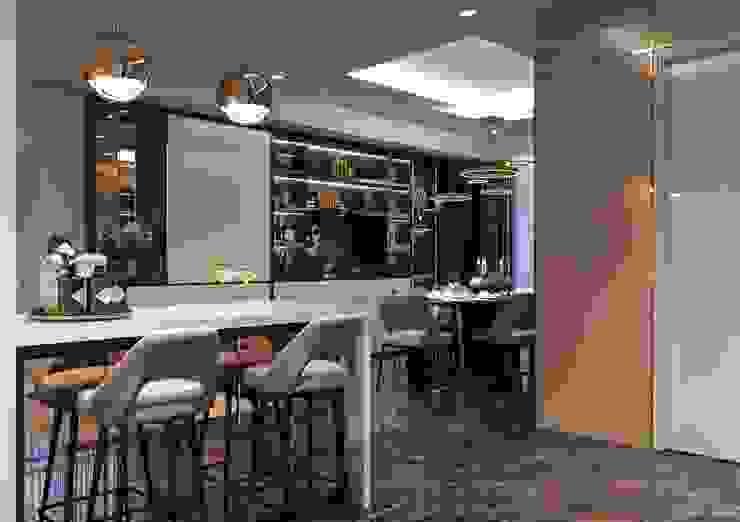 Phong cách hiện đại trong thiết kế nội thất căn hộ Saigon Royal Nhà bếp phong cách hiện đại bởi ICON INTERIOR Hiện đại