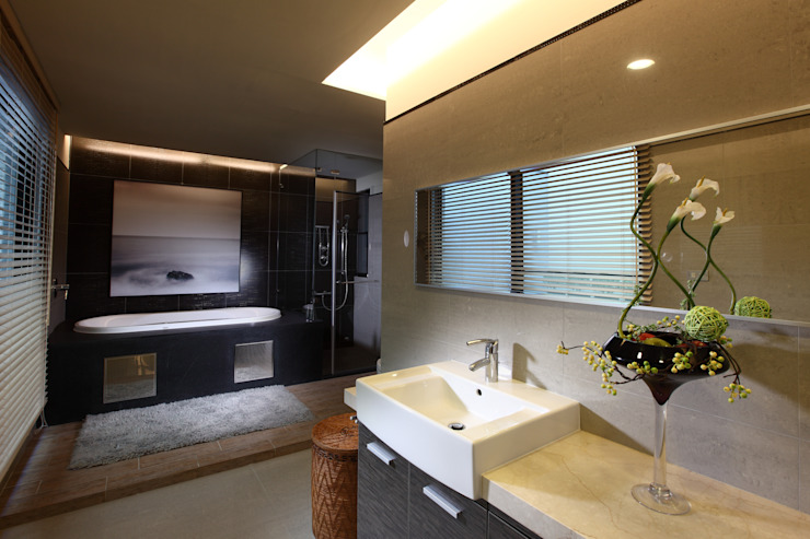 TC宅 現代浴室設計點子、靈感&圖片 根據 瑞嗎空間設計 現代風