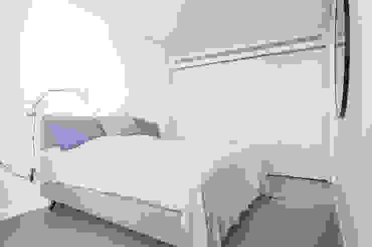 Villa de lujo en Marbella Dormitorios de estilo minimalista de JCCalvente Minimalista