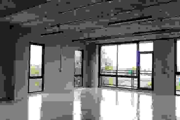 HOME OFFICE โดย Glam interior- architect co.,ltd โมเดิร์น แผ่นไม้อัด OSB