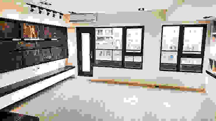 客廳與書房 Modern living room by 大吉利室內裝修設計工程有限公司 Modern Marble