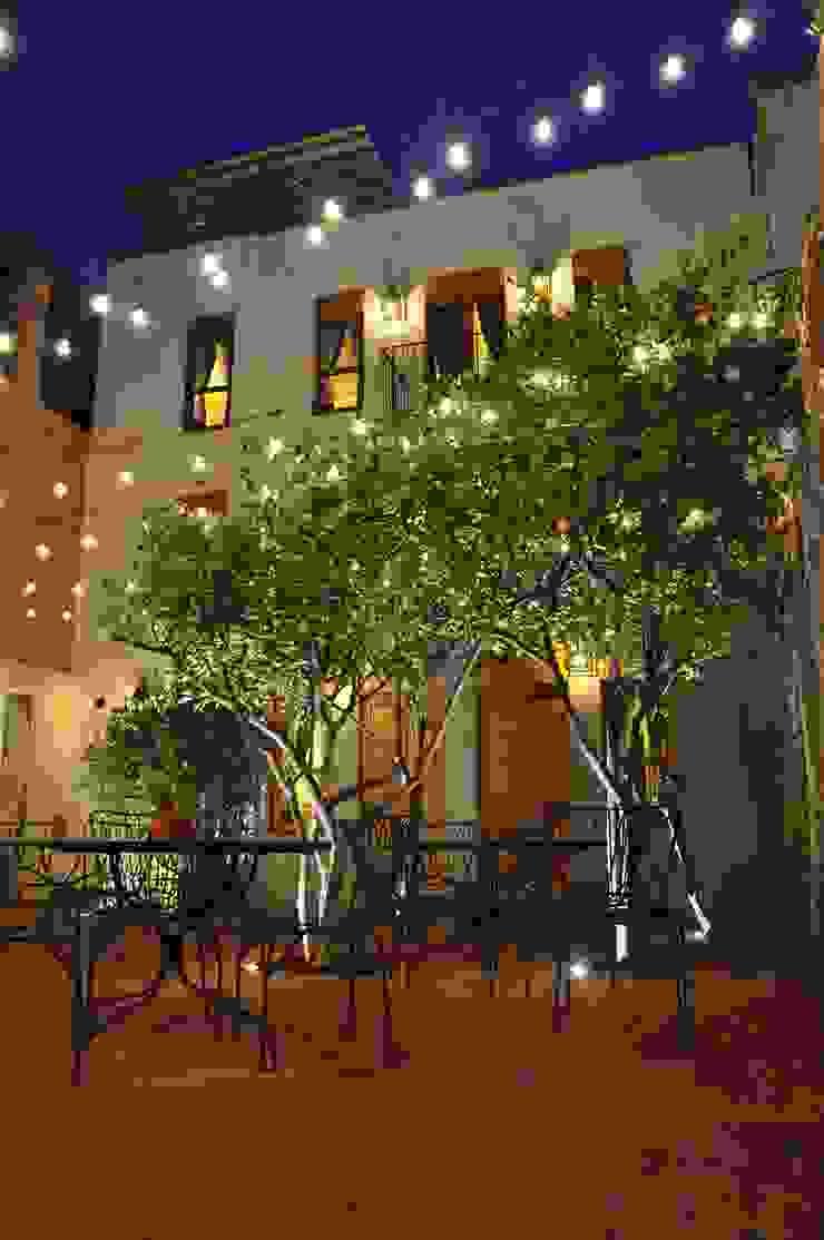 courtyard by DE LEON PRO Colonial