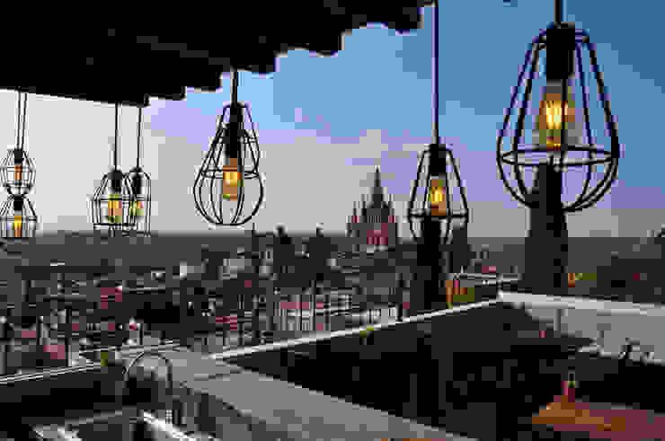 roof-top terrace by DE LEON PRO Colonial