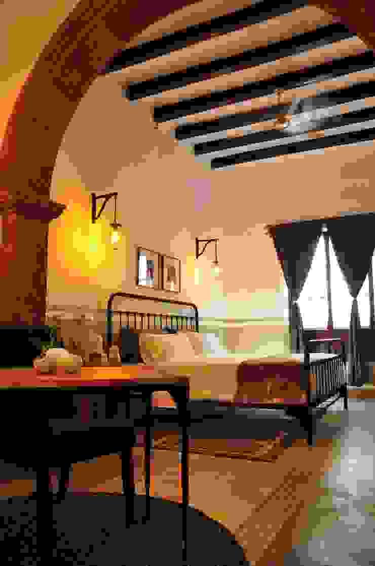 suite 1 by DE LEON PRO Colonial
